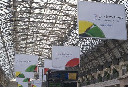 Affiches publicité Google Chrome - Droit d'auteur: Wikipédia – License CC0