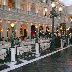 assistant à la direction d'hôtel - restaurant