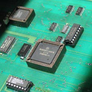 Monteur  de produits électriques et électroniques 18