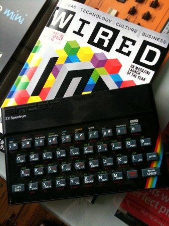 Spectrum and Wired - Droit d'auteur: Wikipédia – License CC0