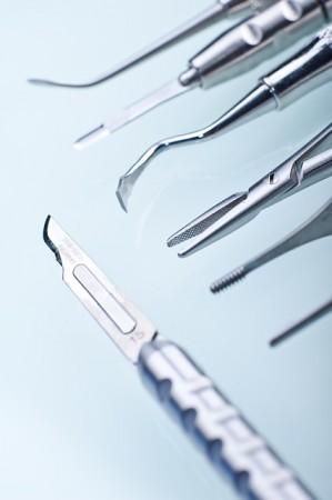 Dentiste Outils Dentaires Bistouri Dents Le Médecin - Droit d'auteur: Pixabay – License CC0
