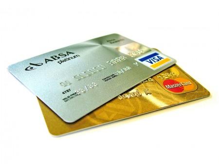 Credit-cards - Droit d'auteur: Wikipédia – License CC0