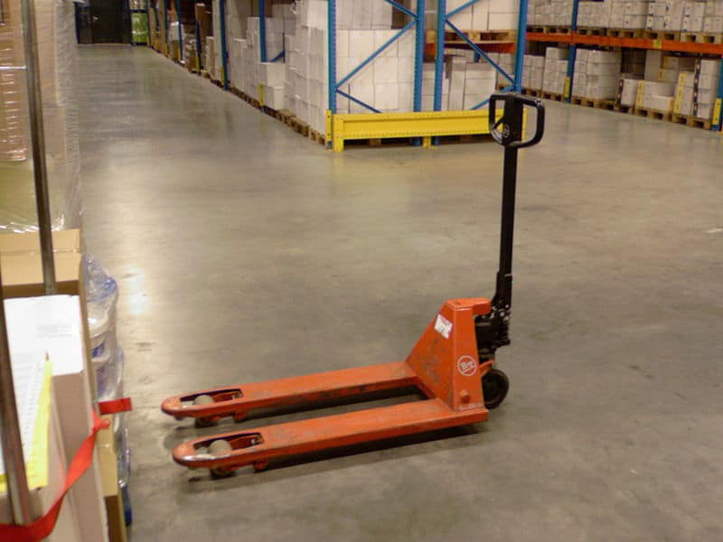 Typical manual pallet jack (lowered)