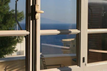 Fenêtre Affichage Mer Maison Été Couleurs - Droit d'auteur: Pixabay – License CC0