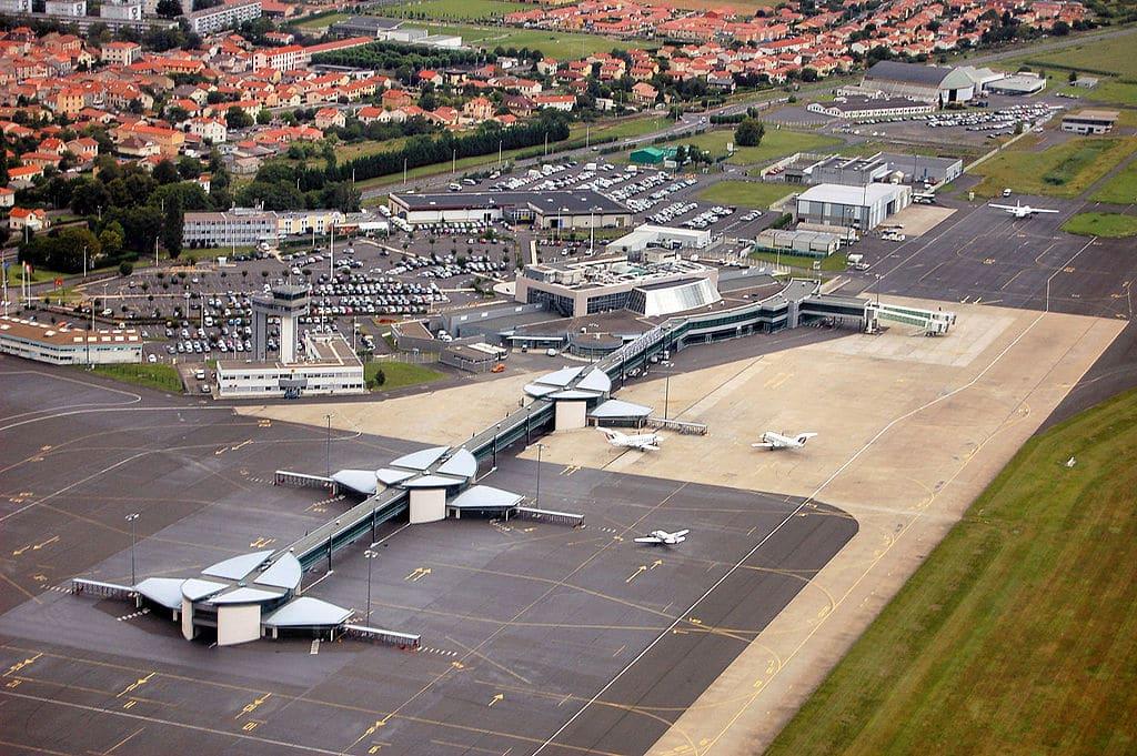 Directeur d'escale et d'exploitation aéroportuaire 12