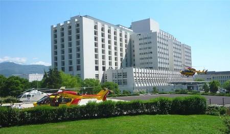 Héliport CHU Grenoble - Droit d'auteur: Wikipédia – License CC0