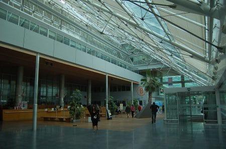 Hôpital européen Georges-Pompidou Hall - Droit d'auteur: Wikipédia – License CC0