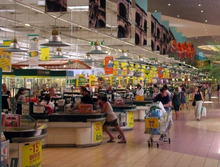 Hypermarché Géant - Droit d'auteur: Flickr – License CC0