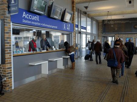 Accueil de la gare - Droit d'auteur: Wikimédia – License CC0