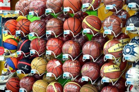 Boule Balles Sports Mur Basket Ball Soccer Vente - Droit d'auteur : Pixabay – License CC0