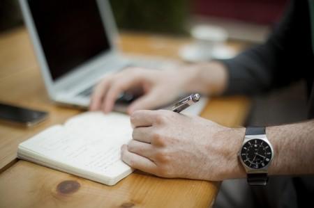 Écrit Poste De Travail Bureau D'affaires - Droit d'auteur: Pixabay – License CC0