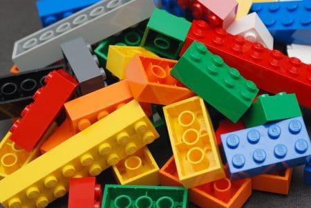 Lego bricks - Droit d'auteur: Wikipédia – License CC0