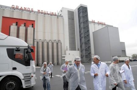 Visite de Xavier Darcos aux Grands Moulins de Paris à Gennevilliers