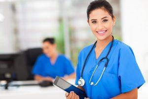 Salaire débouchés formation d'une aide soignante