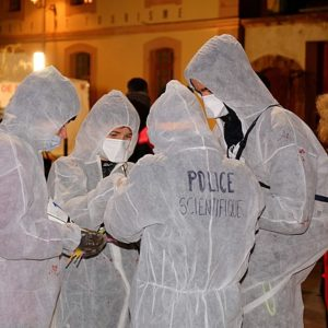 police scientifique en action