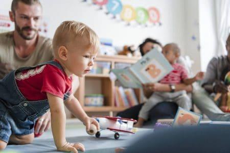 visu-les-metiers-de-la-petite-enfance-des-metiers-d-avenir