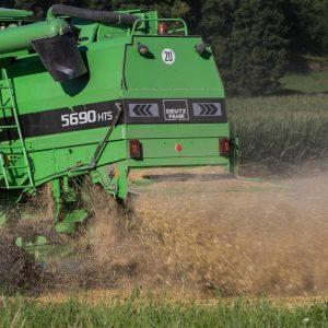 Le poste de chauffeur / chauffeuse de machines agricoles 11